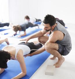 Cours de Pilates à Paris, cours collectifs sur tapis